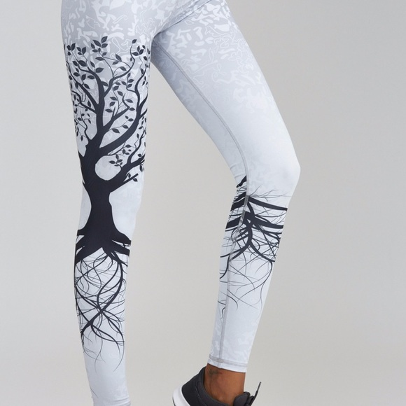 fd44d742abf Noli yoga tree of life legging